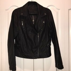 NWT Max Studio Faux Leather Jacket ✨